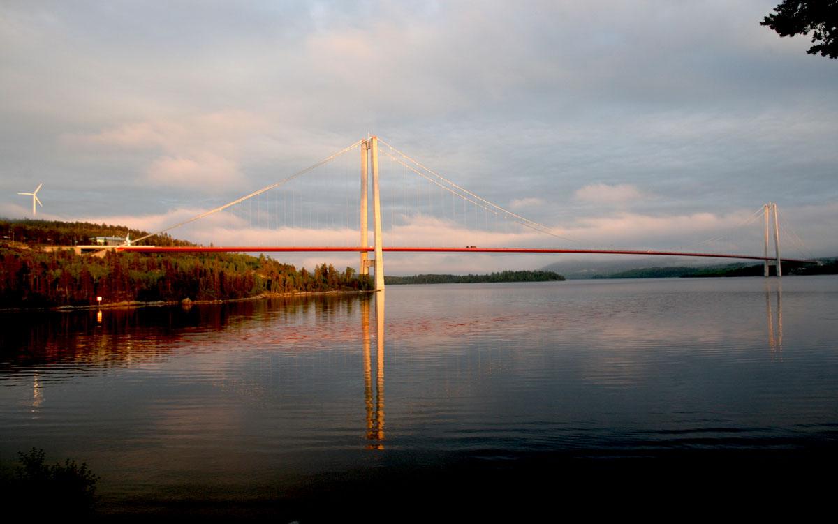 Il ponte sulla E4