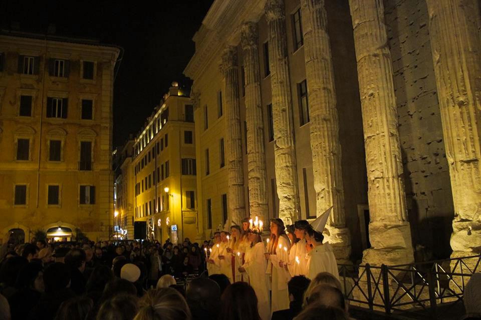 Coro Santa Lucia in piazza 2