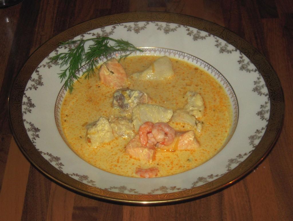 Saffranskryddad fisksoppa